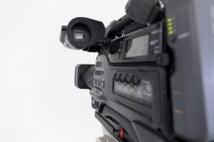 未経験から映像クリエイターになるには?仕事内容や年収・勉強方法