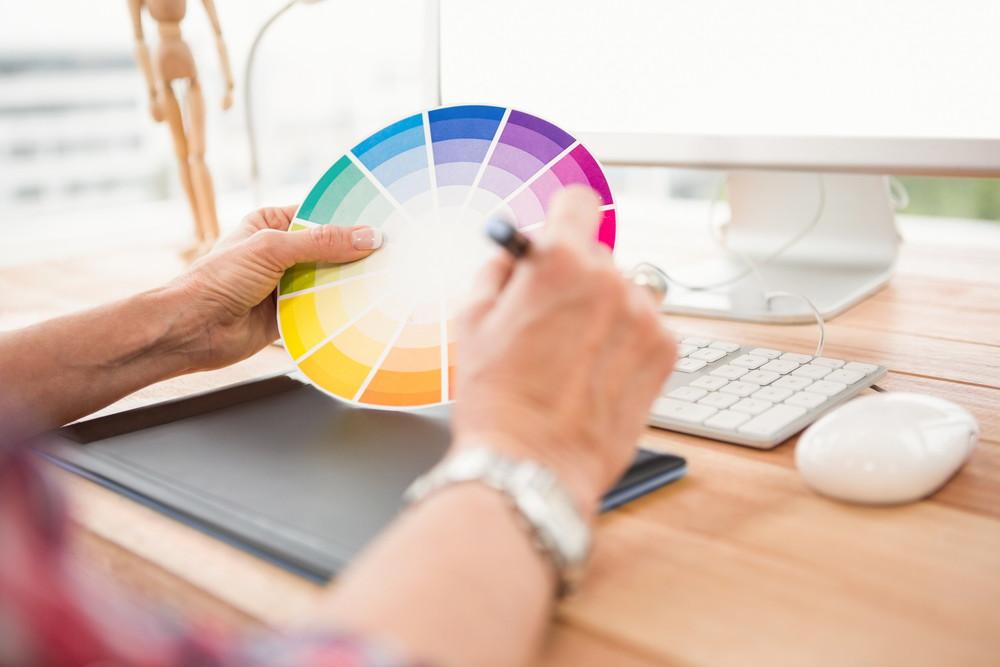 相性の良い色彩の組み合わせ方
