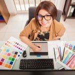 グラフィックデザイナーは副業でもできるの?仕事を獲得する方法と収入の目安